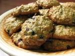 Avižiniai sausainiai su juodaisiais serbentais