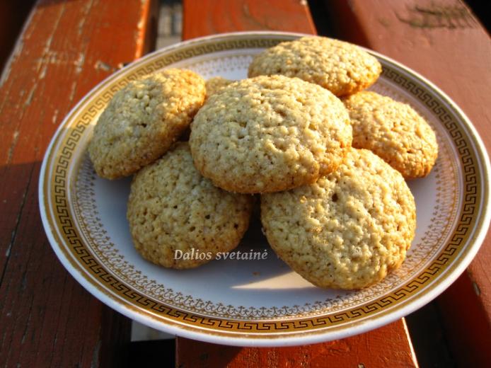 Avizu selenu sausainiai