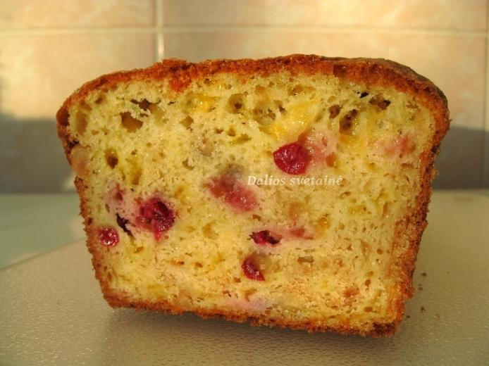 Cederio, spang. ir riesutu duona