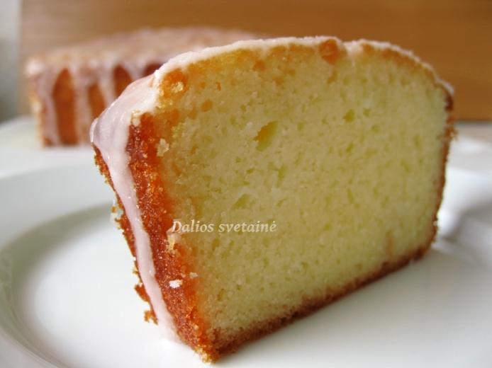 Jogurtin. greipfrutu pyragas