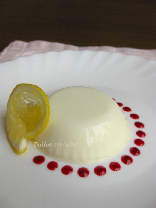 Panna cotta recepto šaltinis: BBC Food