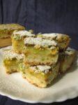 Pistacijų ir citrinų pyragaičiai