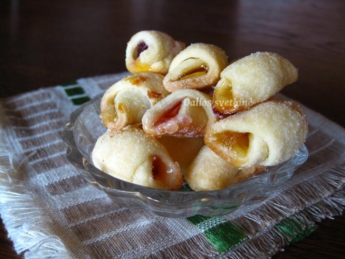 Sausainiai su. saldainiais