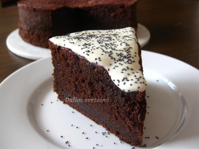 Sokoladinis burokeliu. pyragas