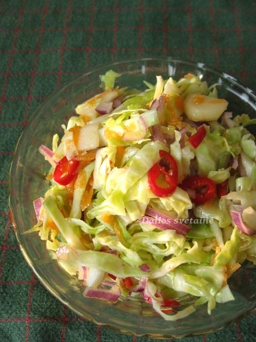 svieziu-kopust-salotos